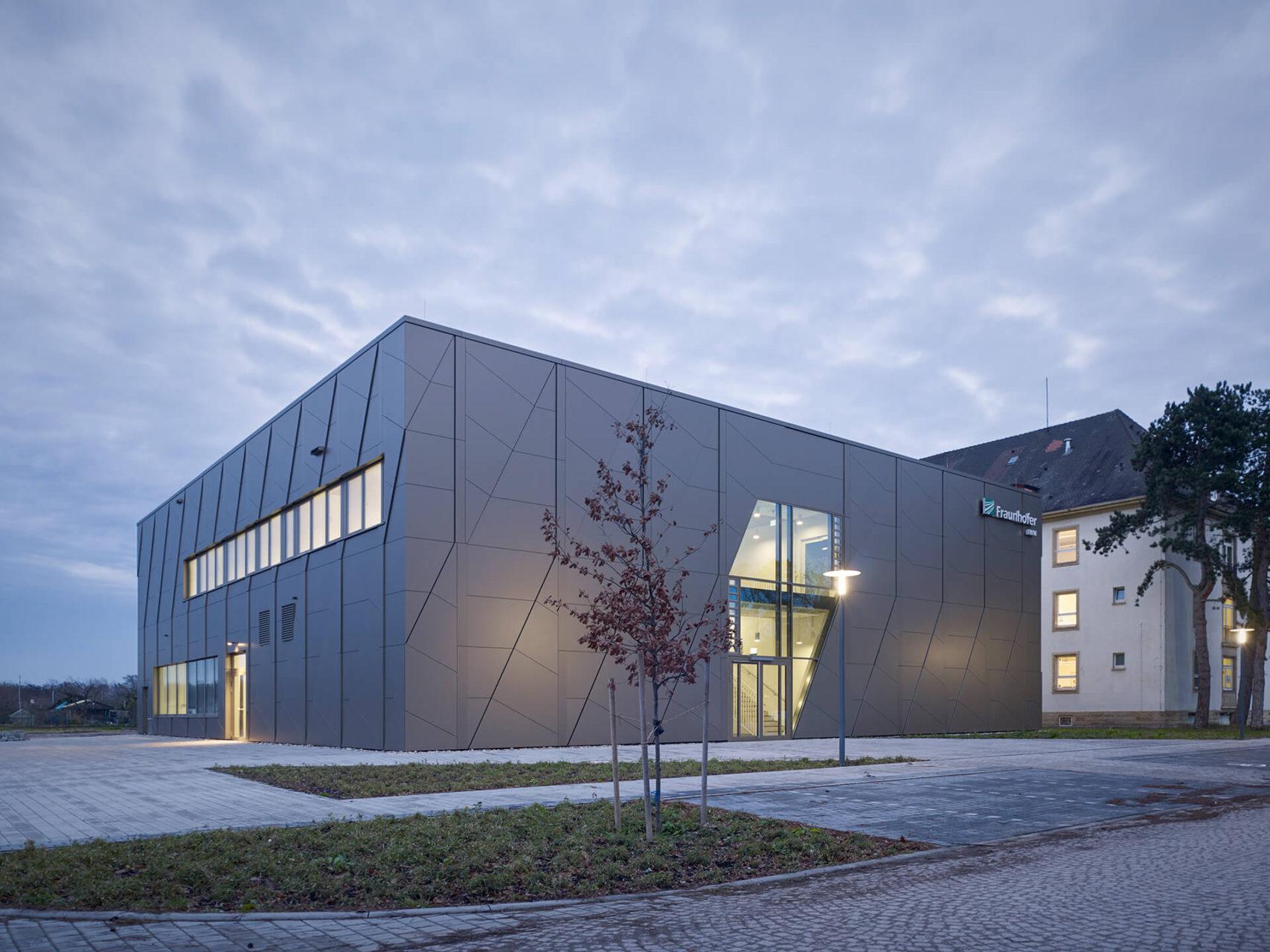 Frauenhofer Institut Karlsruhe